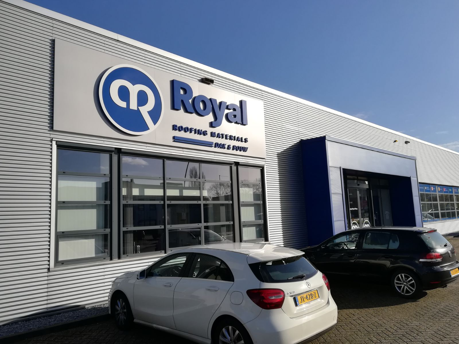 Royal dak & bouw materialen shop Nijmegen
