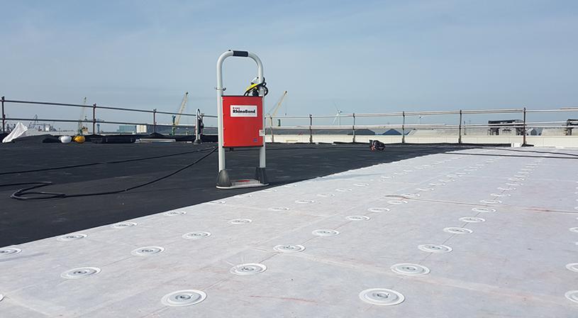Esthetische dakbedekking Royal EPDM novoProof® | Royal Roofing Materials