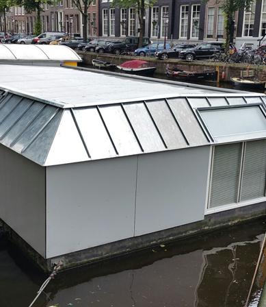 Grijze EPDM van Royal NovoProof® woonboot Amsterdam