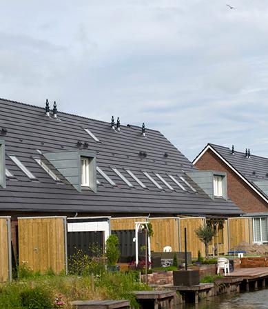 Duurzame woningen bekleed met zink