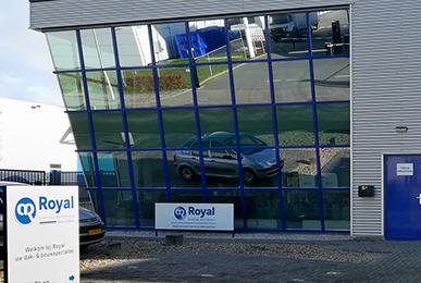 Leeuwarden Royal dak & bouw