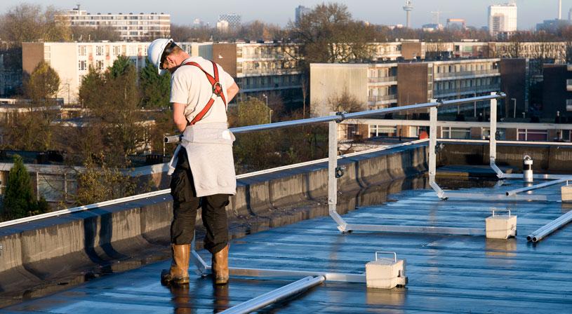 Dakrandbeveiliging als anker voor veilig werken