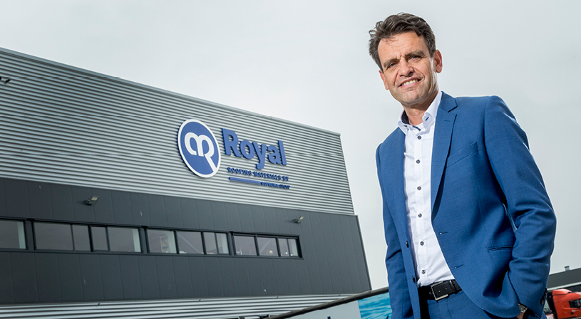 Logistiek en transport Royal | Algemeen directeur Wilbert Elissen | Royal Roofing Materials