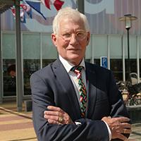 Piet Kapenga eigenaar en Home center Wolvega